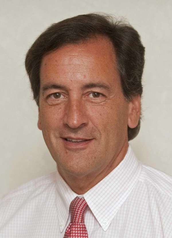 State Sen. Charles J. Fuschillo Jr. (R-Merrick), who
