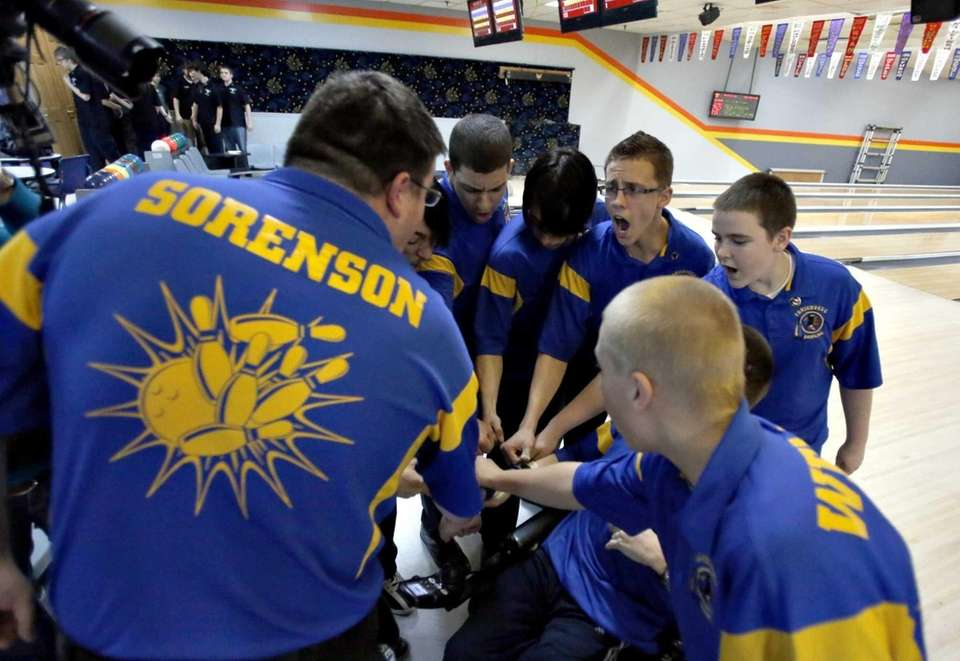 Comsewogue coach Eric Sorenson leads the team in