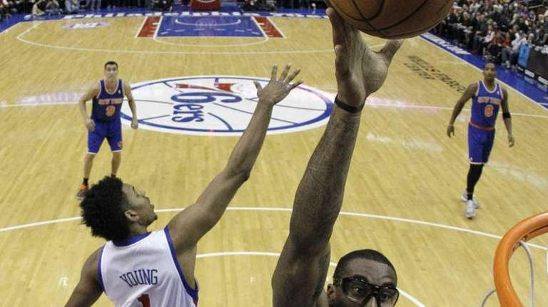 New York Knicks' Amar'e Stoudemire goes up for