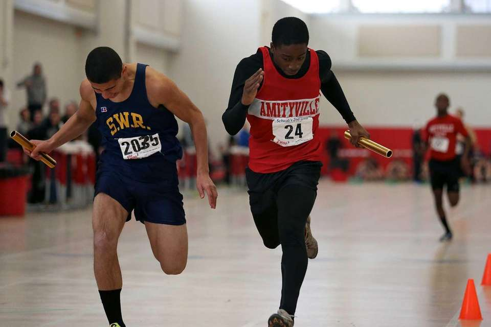 Amityville's David Holmes wins the 4 x 200-meter