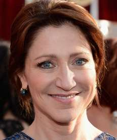 Actress Edie Falco arrives at the 19th annual
