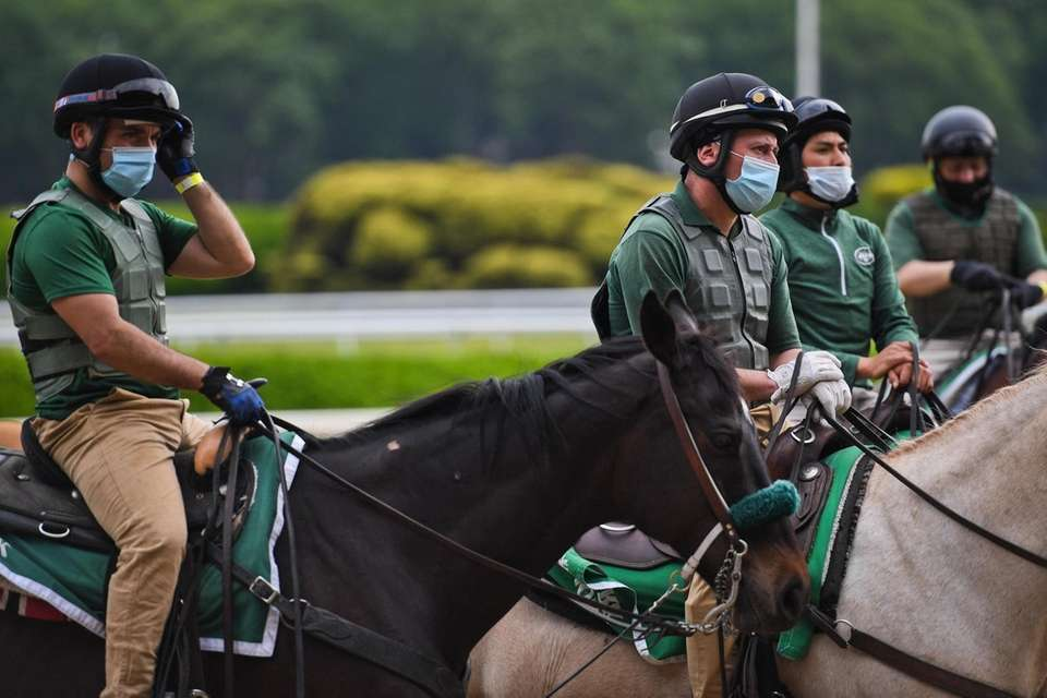Pony Boys prepare for the first race during