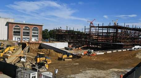 Construction continues on the Islanders' new arena on