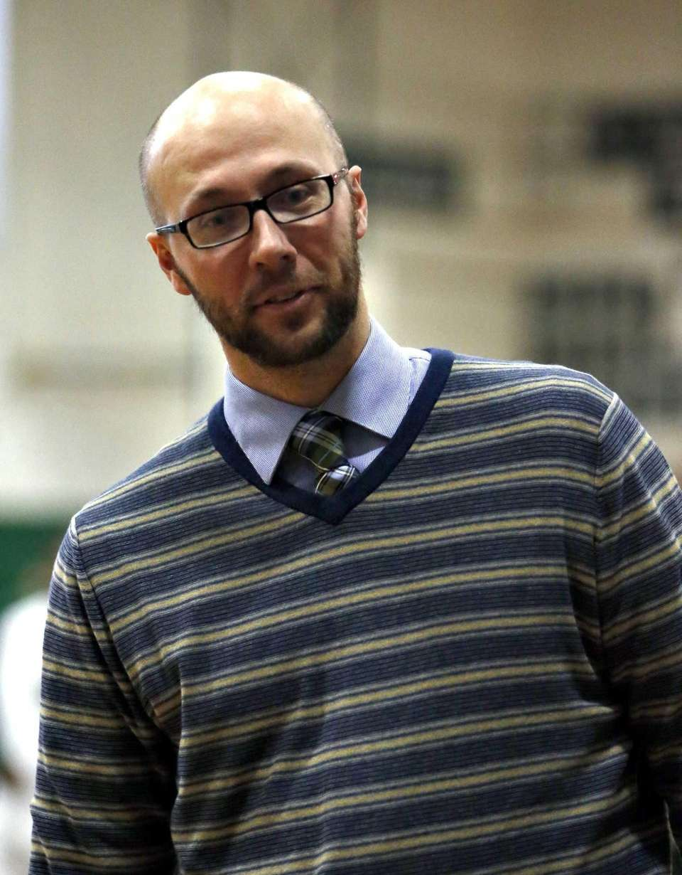 Floyd boys varsity basketball head coach Rob Hodgson