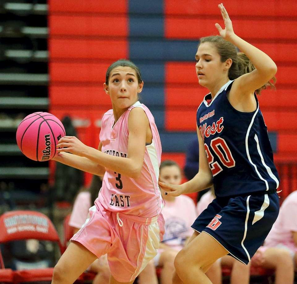 Smithtown East's Haley Anderson looks to move past