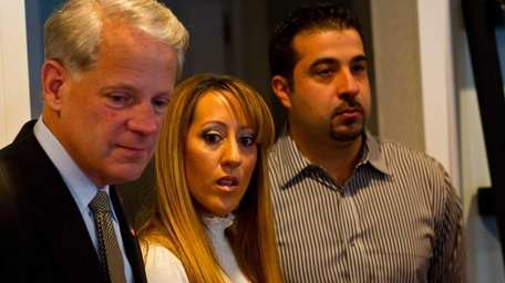Congressman Steve Israel meets with Nick and Dania