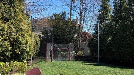 All Sport Netting sets a boundary for backyard
