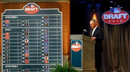 Commissioner Rob Manfred speaks during the MLB draft,