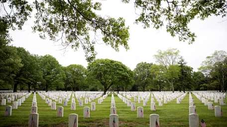 Long Island National Cemetery, Pinelawn, on May 27,