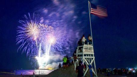 Fourth of July Fireworks explode over Jones Beach
