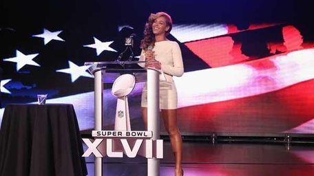 Beyonce at the Pepsi Super Bowl XLVII Halftime