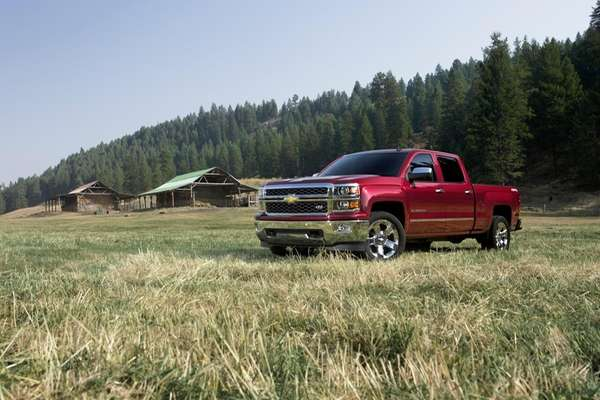The 2014 Silverado 1500 features a family of