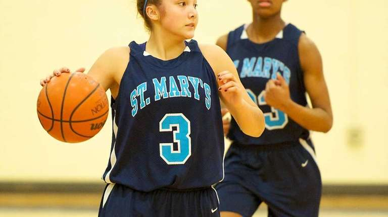 St. Mary's guard Mei-Lyn Bautista (3) takes the