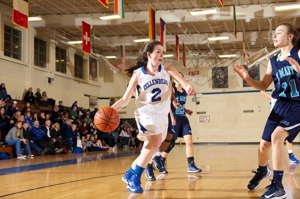 Kellenberg guard Brenna Dennelly drives to the basket.