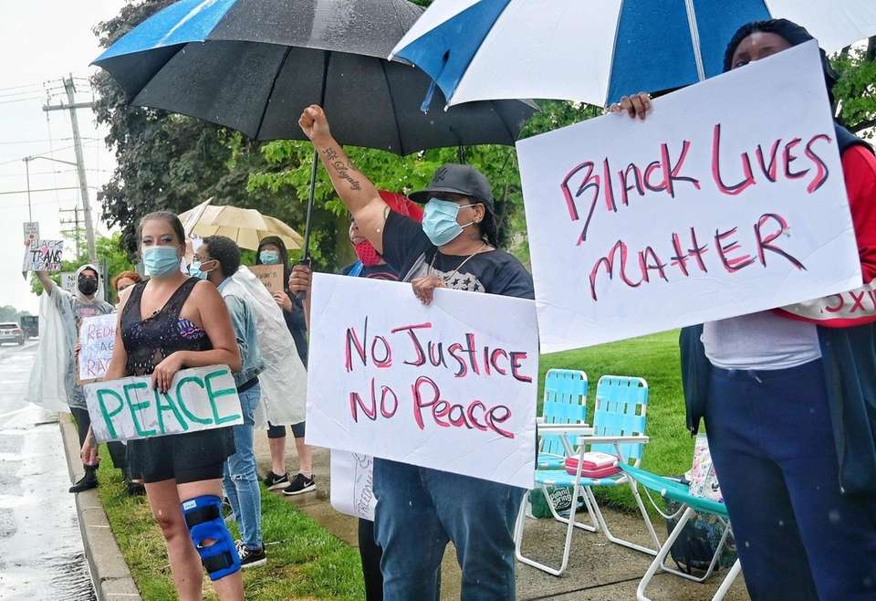 People protest the police involved death of George