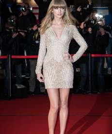 Taylor Swift attends the NRJ Music Awards 2013
