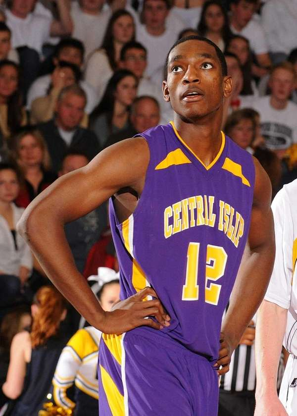 Central Islip's Timothy McKenzie watches the trajectory of