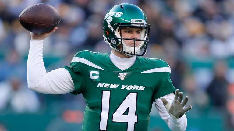 Sam Darnold arranges a Florida workout with new receivers, source ...