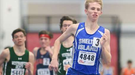 Shelter Island's Kal Lewis wins the 1,600-meter run
