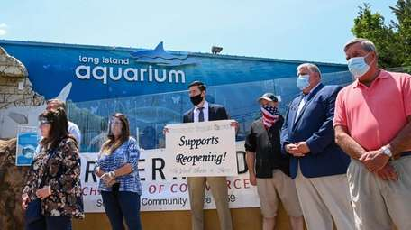 Business owners speaking at the Long Island Aquarium
