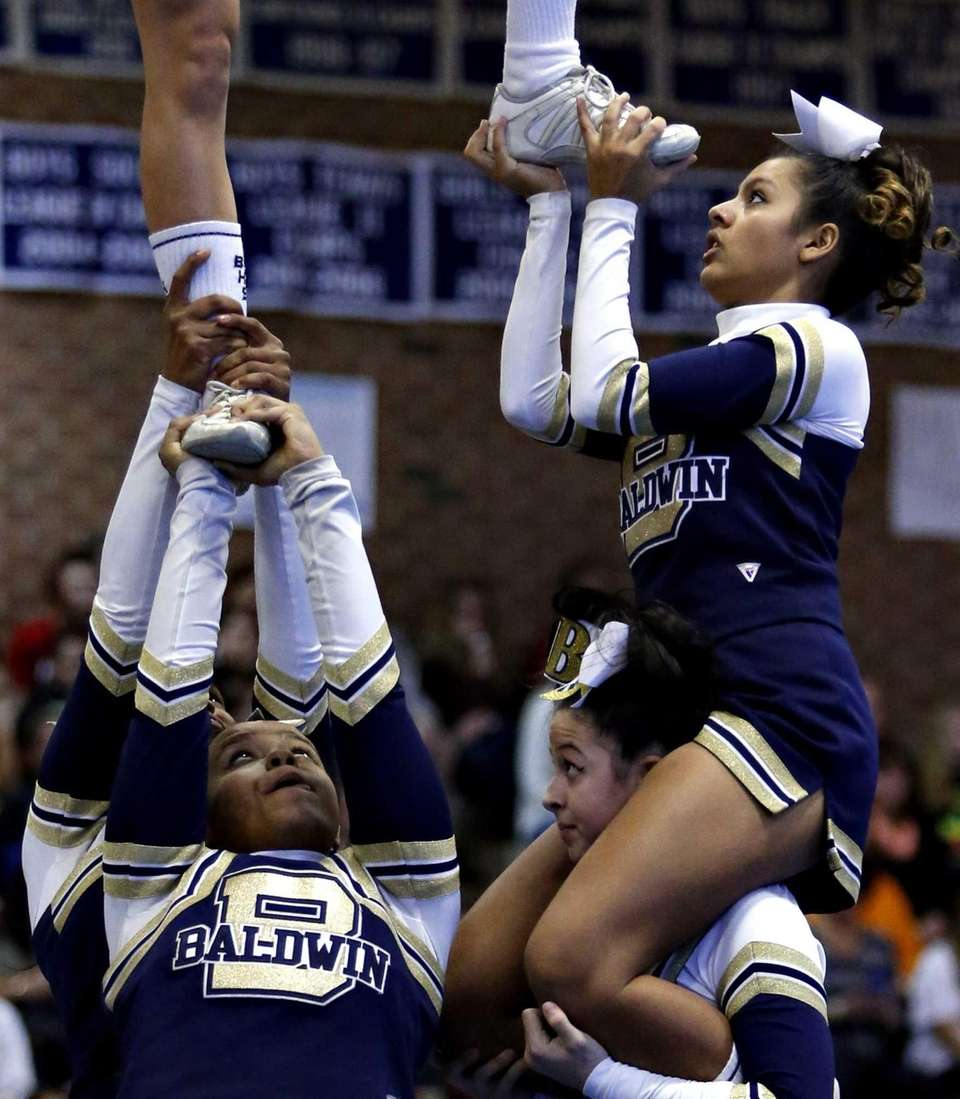 Members of the Baldwin High School medium varsity
