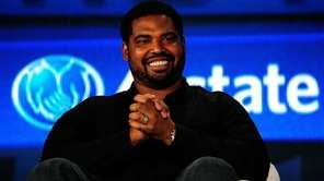 Former NFL player Jonathan Ogden enjoys a light