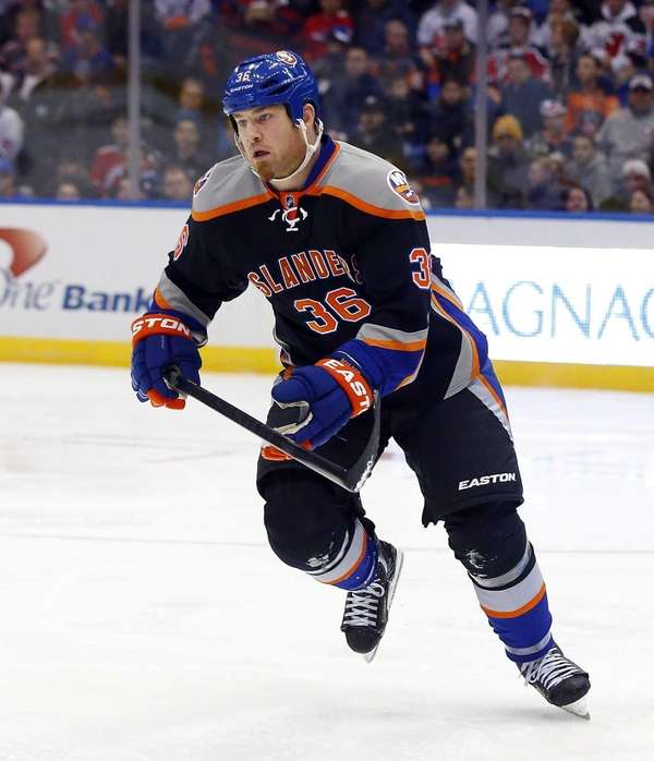 Eric Boulton of the Islanders skates against the