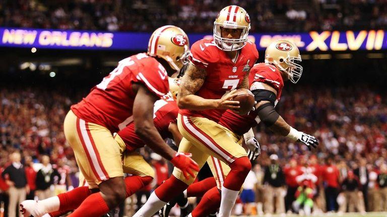 Colin Kaepernick of the San Francisco 49ers turns