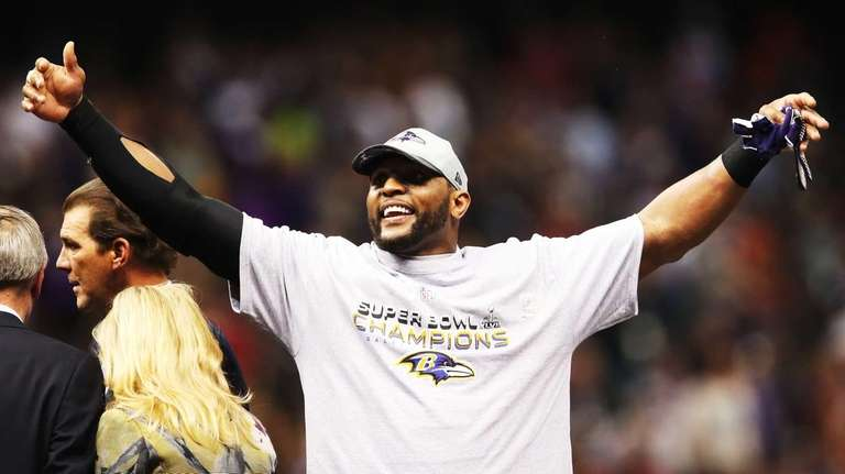 Ray Lewis of the Baltimore Ravens celebrates after