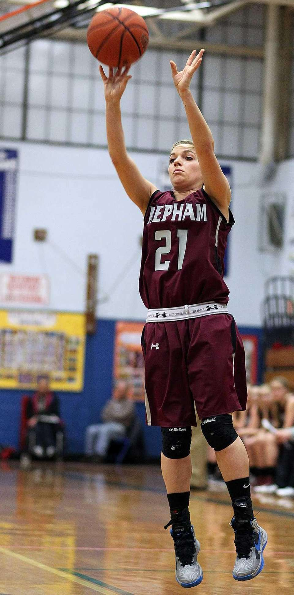 Mepham's Mary Galgano takes a shot from outside