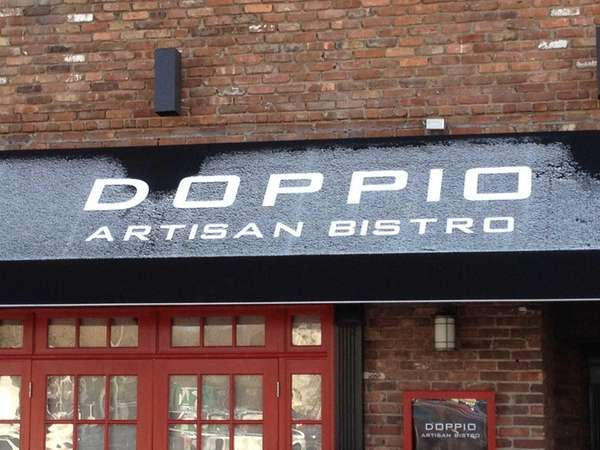 Doppio in downtown Huntington has closed.