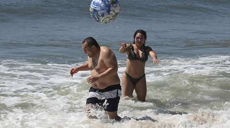 Danieille Abrego, 29, and her brother Celvin, 39,
