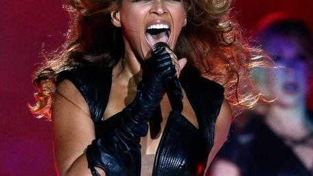 Singer Beyoncé performs during the Super Bowl XLVII