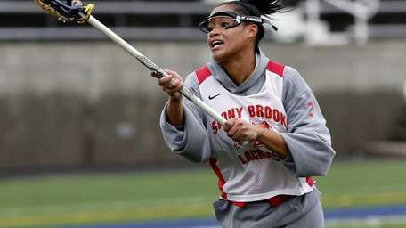 Stony Brook women's lacrosse senior midfielder Demi Cook