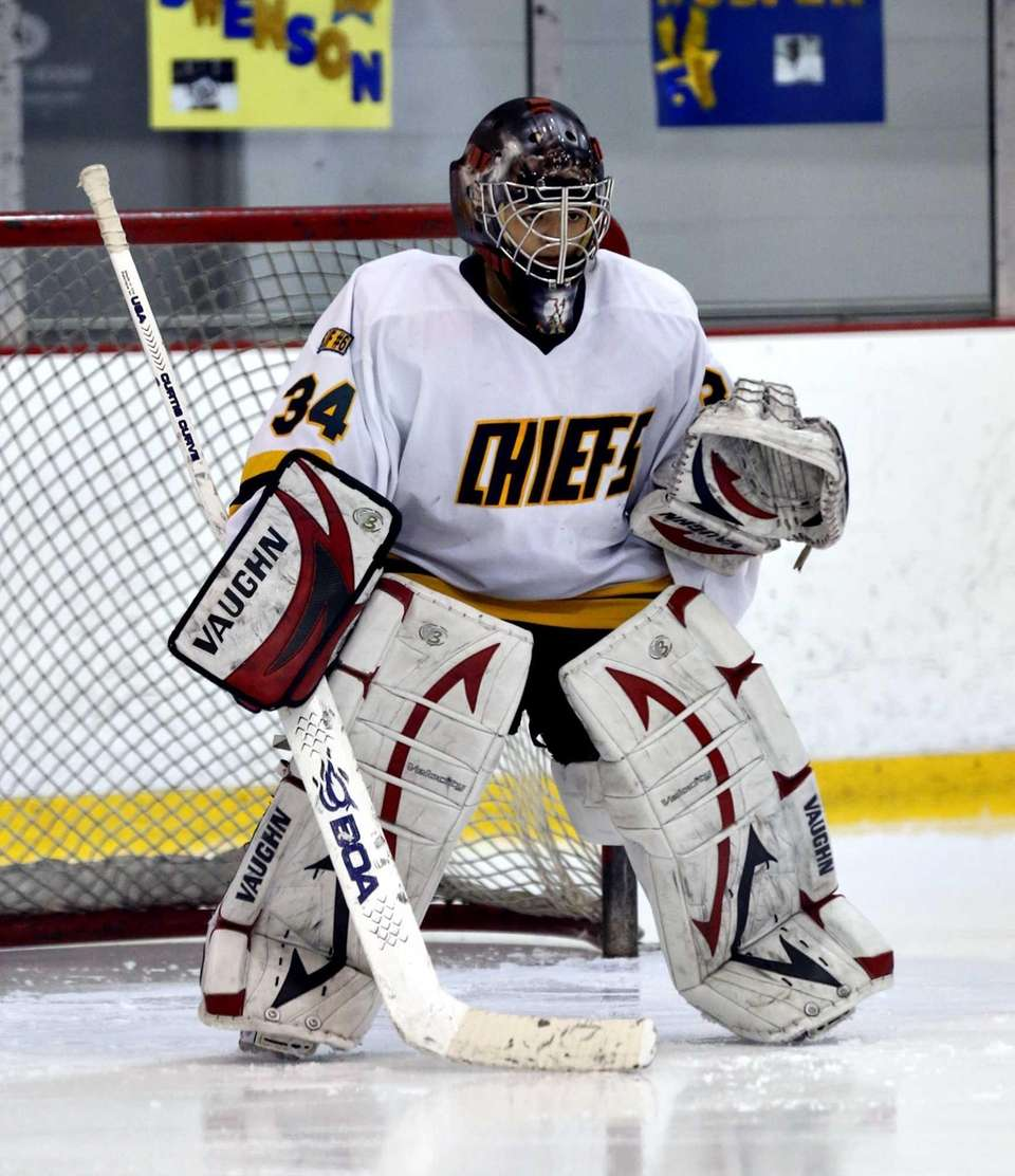 Dana DeMartino stands ready in the crease. (Feb.