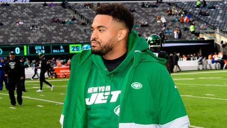 Jets safety Jamal Adams prior to a game