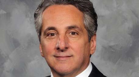 Hank Abate becomes president of arena operations for