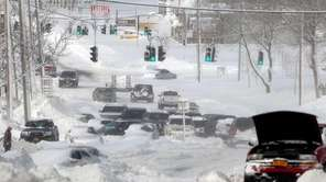 Cars are stuck on Route 25 in Lake