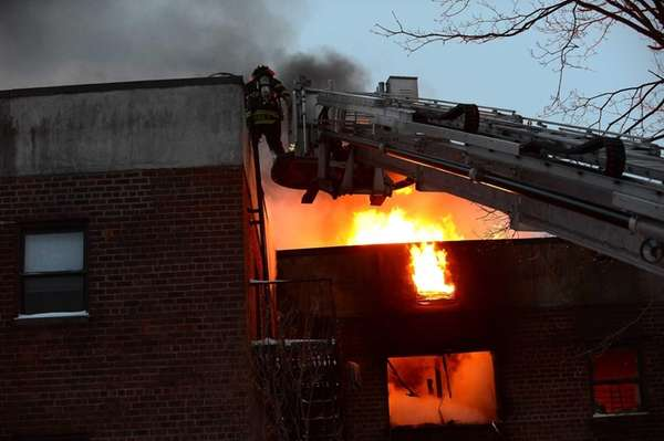 Fire officials: Hempstead apartment owner dawdled on alarm installation before fatal blaze