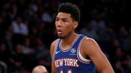 Allonzo Trier #14 of the Knicks looks on