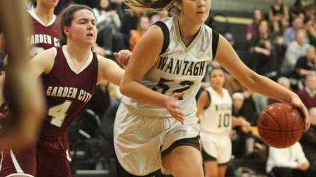 Wantagh's Alex Parlato is pressured by Garden City's