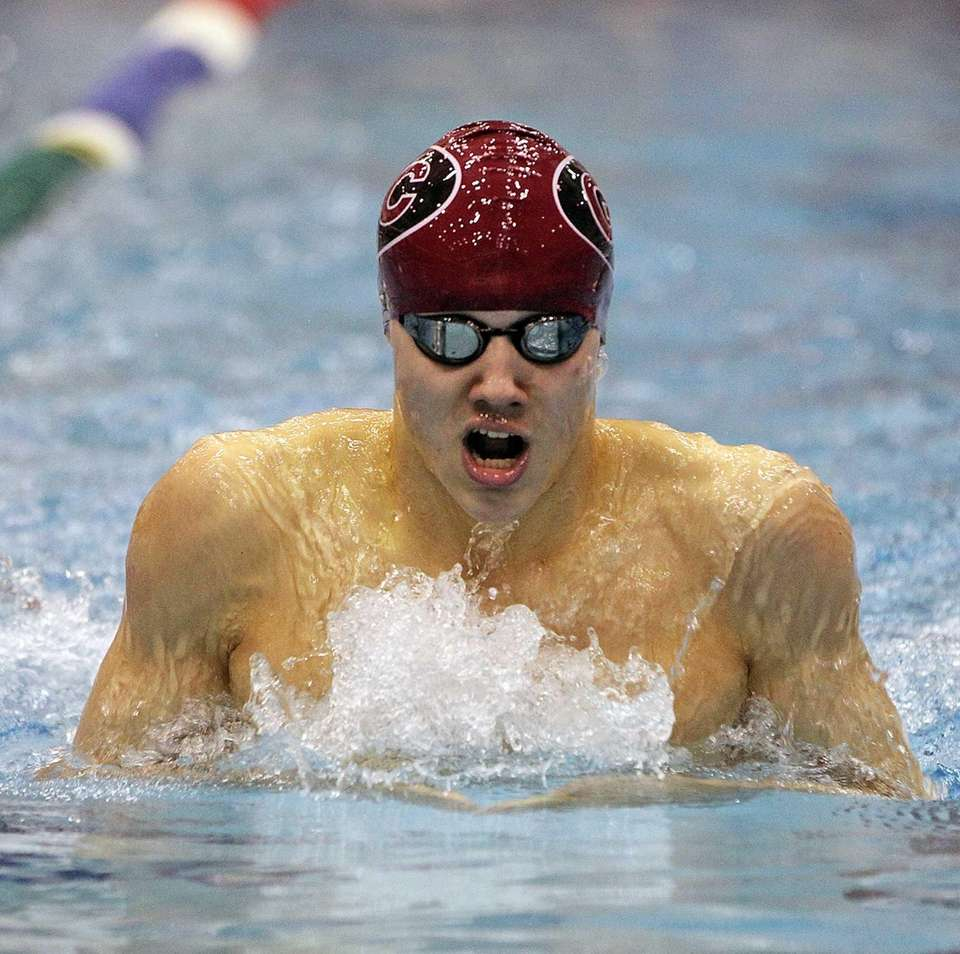 Joseph Lozano swims the breaststroke leg of the