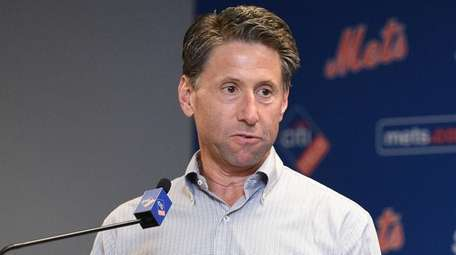 Mets COO Jeff Wilpon Wilpon speaks during the