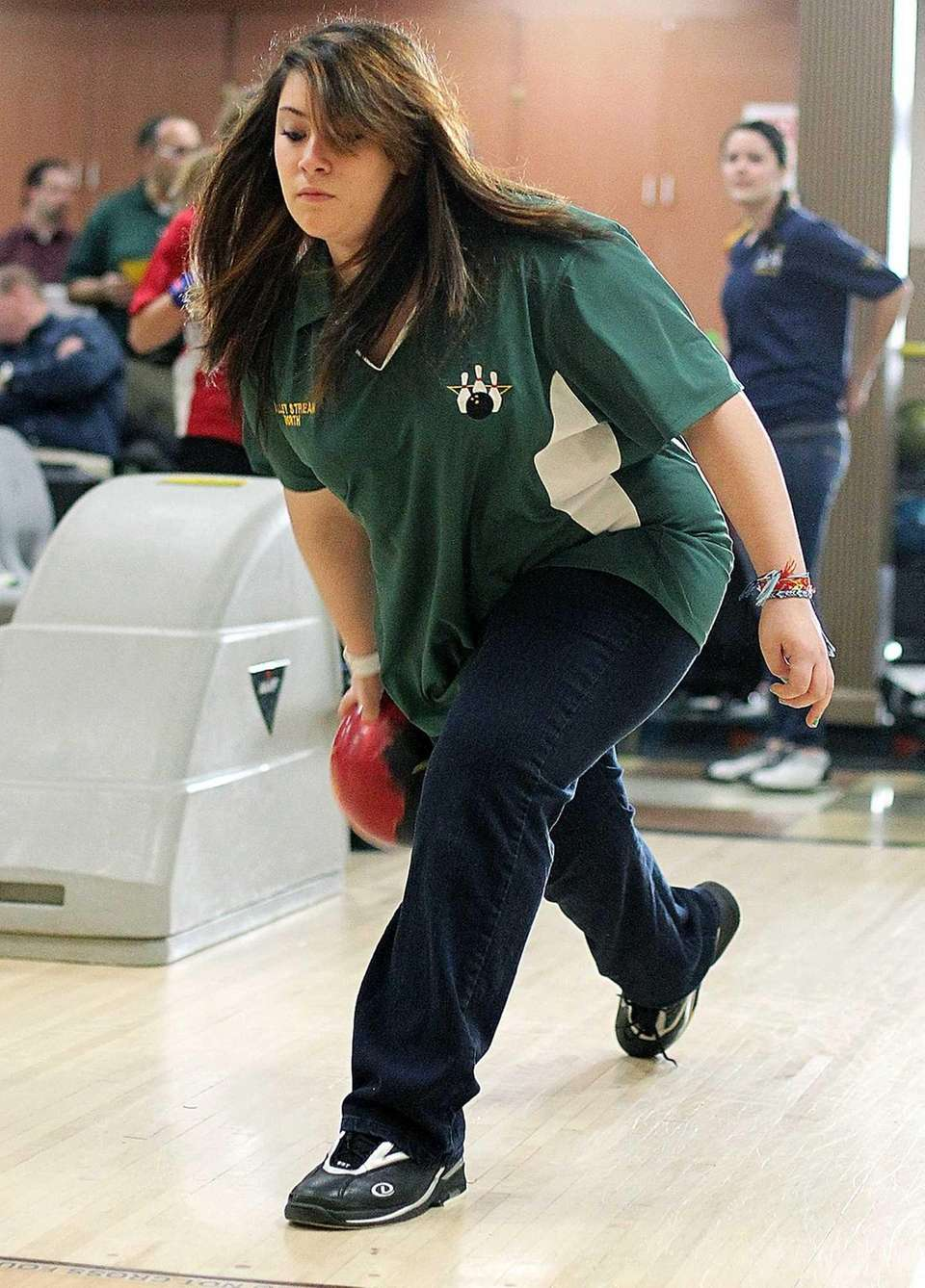 Valley Stream North's Maria Lucente practices prior to