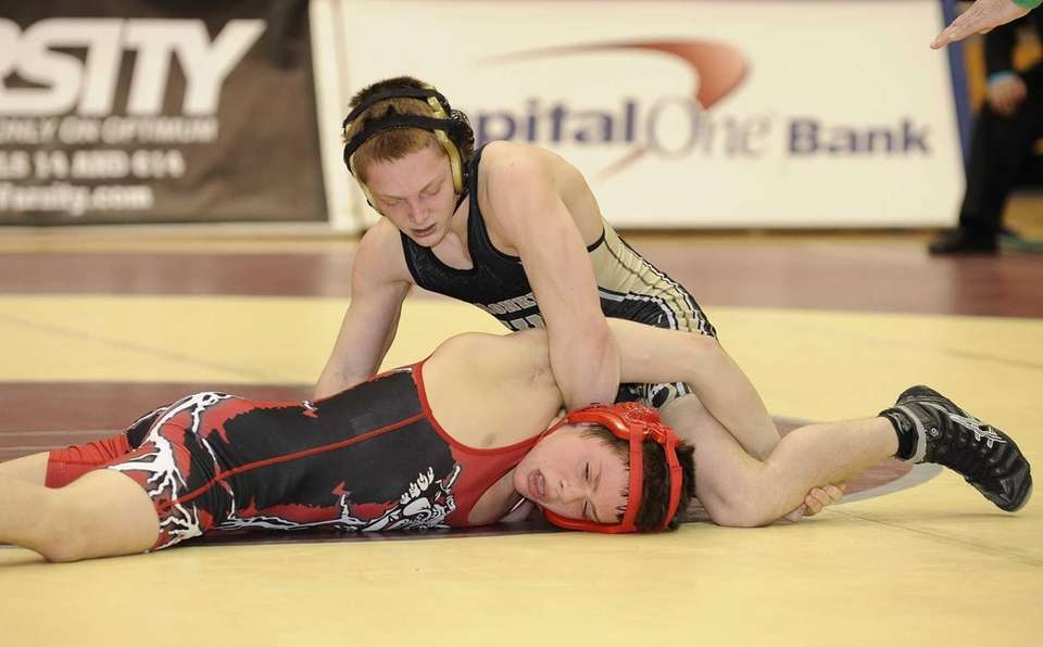 Wantagh's Kyle Quinn won his match against Island