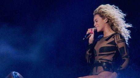 'Beyoncé: Life is But a Dream' airs Feb.