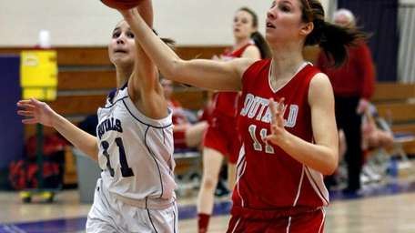 Southold's Nicole Busso outruns Port Jefferson's Corinne Scannell