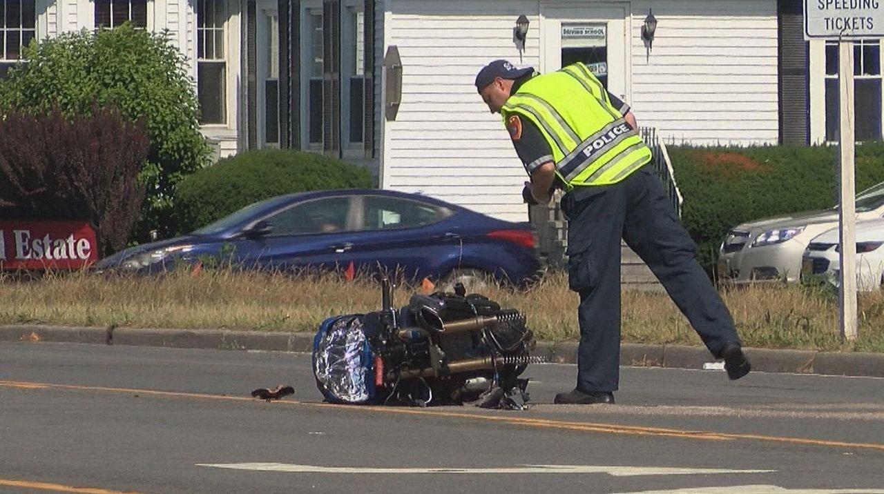 Motorcyclist injured in Miller Place crash