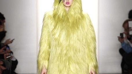 Model Lindsey Wixson at the Jeremy Scott Fall