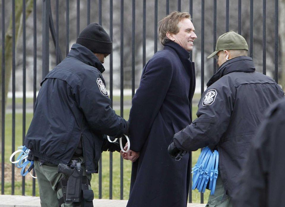 Robert F. Kennedy Jr. is arrested in Washington